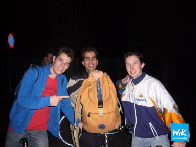 WIK 1, met v.l.n.r. Martin van Steijn, Alex de Hoop en Frank Struijk, heeft de overwinning in de tas.