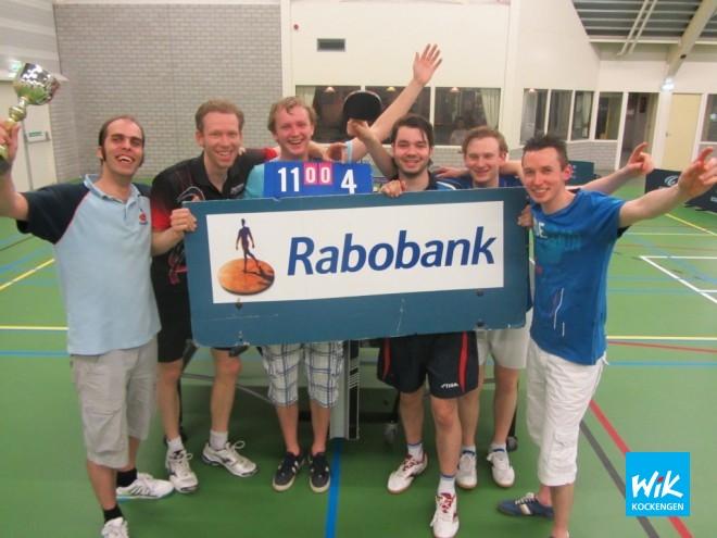 Het eerste bekerteam bestaande uit (v.l.n.r.) Alex de Hoop, Mark Makkink, Gerben Bouthoorn, Peter Marijn, Pierre Faes en captain Frank Struijk.