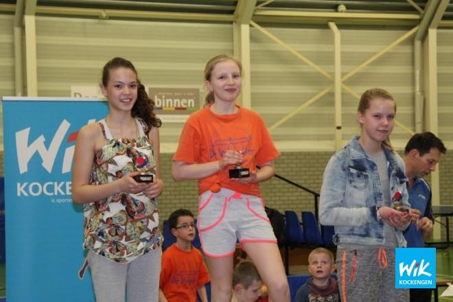 Meisjes bovenbouw: Eline Gentenaar(1e), Rosalinda Plomp(2e), Desi Berk(3e).