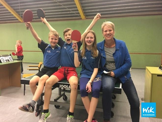 V.l.n.r. Rens Griffioen, Bastiaan Waldram, Esmee Boekeloo en coach Liesbeth Smits.