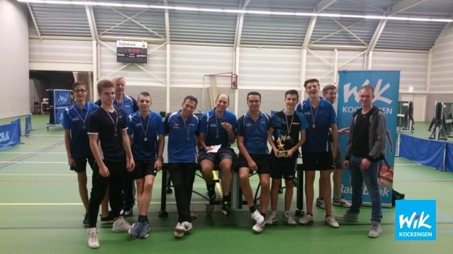 Finalisten en prijswinnaars WIK Daviscup. Nick van Dijk en Wilger Versteeg.